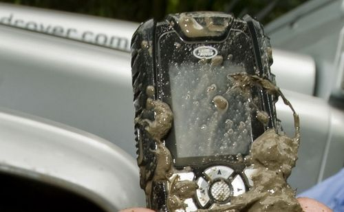 Landrover_phone