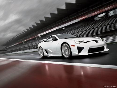 Lexus-LFA_2011-02