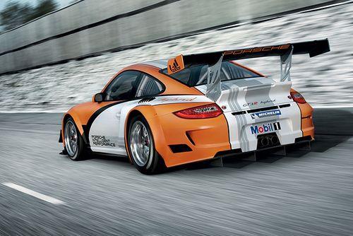 Porsche_911_gt3_r_hybrid